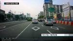 현대차 산타페 급발진 사고 의혹 - 현대차 산타페, 전·후진 3차례 반복 교통사고, 급발진 의심사고 영상