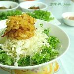 새콤한 자두소스올린 양배추 샐러드^^