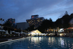 초성수기에 워커힐 호텔과 야외 수영장 이용해보니