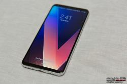 똑 부러지는 LG V30 사전예약 구매 혜택은?
