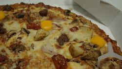 도미노피자의 새로운 메뉴, 7 치즈 앤 그릴드비프 피자를 먹어 본 솔직한 후기