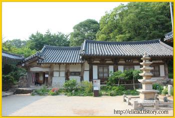 <서산 가볼만한 곳> 개심사 : 심검당의 배흘림 기둥, 배롱나무가 있는 연못