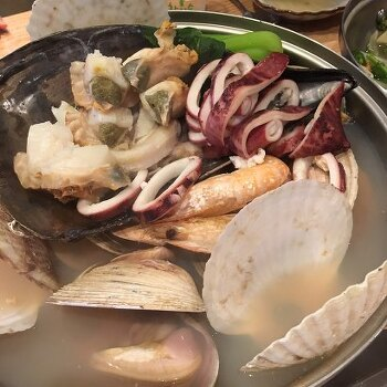 [논현] 푸짐한 조개찜과 해산물 즐길 수 있는 먹자골목 ; 가리비야 메뉴 및 가격