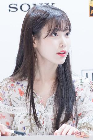 160725 소니 팬싸인회 아이유 by 미스터신iu