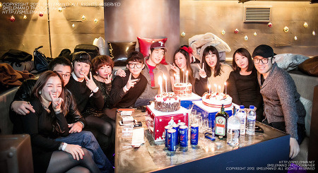 131213 N2 Lounge Happy Birthday
