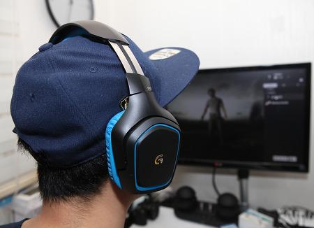 게이밍헤드셋 7.1 사운드플레이 가능한 로지텍 G430 게이밍 헤드셋