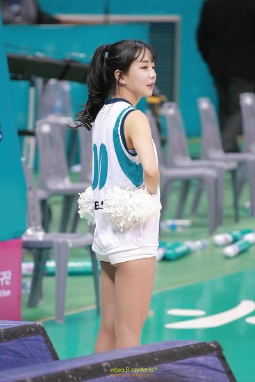 치어리더 김수현 여자프로농구 KEB하나 응원단 부천실내체육관