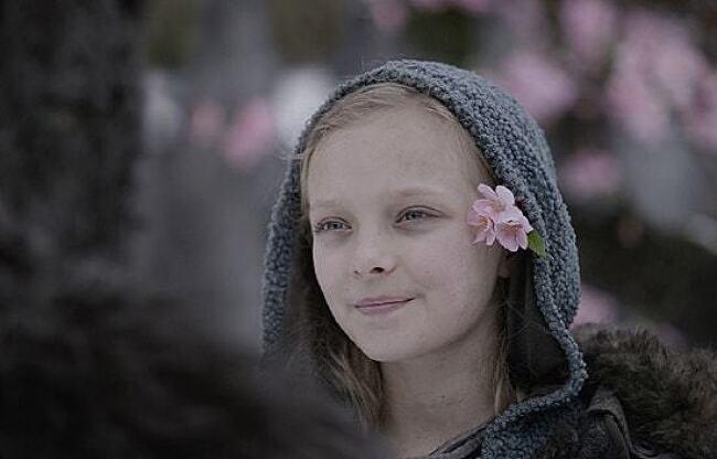 아미아 밀러, 역사 과목과 이종격투기를 좋아하는 13세 소녀