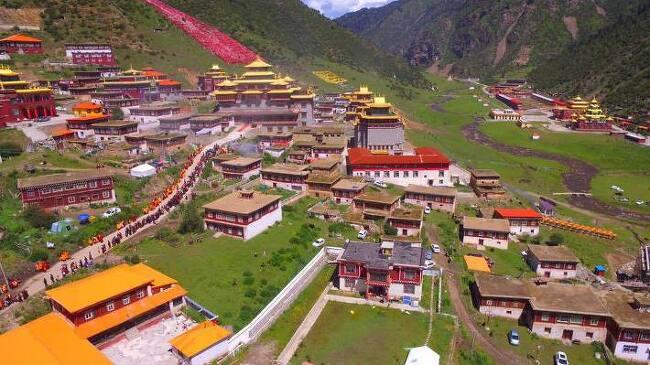 티벳에서 불교는 명맥이 끊겼다? 7년의 기다림끝에 세첸사원을 방문한 린포체