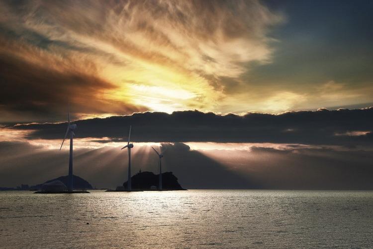 대부도 탄도항 일몰 빛내림. 12월 초
