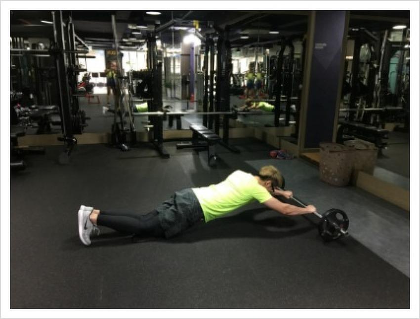 단단한 복근 만들기 운동