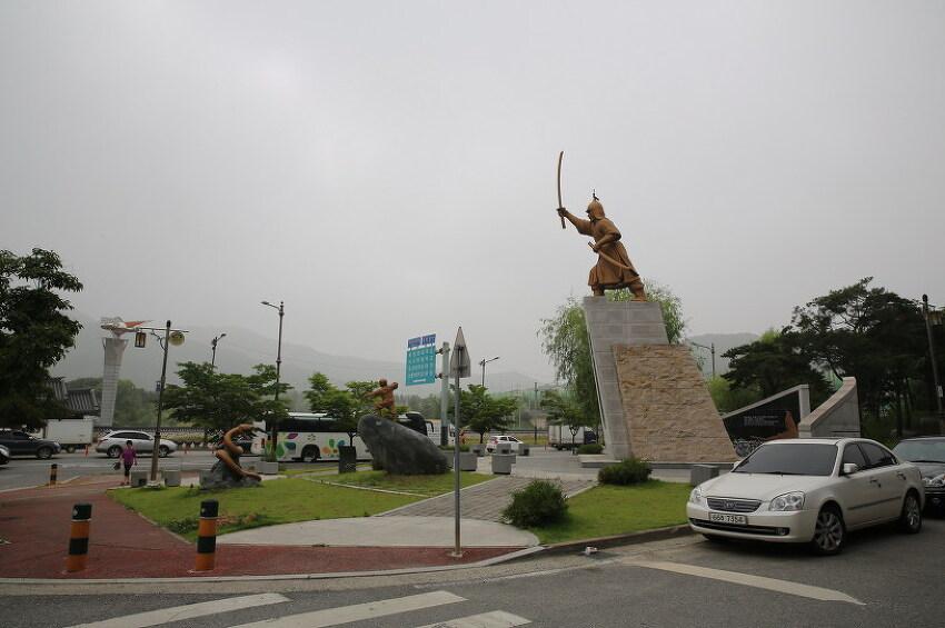 천안 삼거리 설화와 김시민 장군