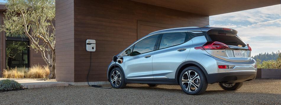 GM, 볼트 EV의 회생제동을 이용한 원페달 드라이빙 기술 선봬