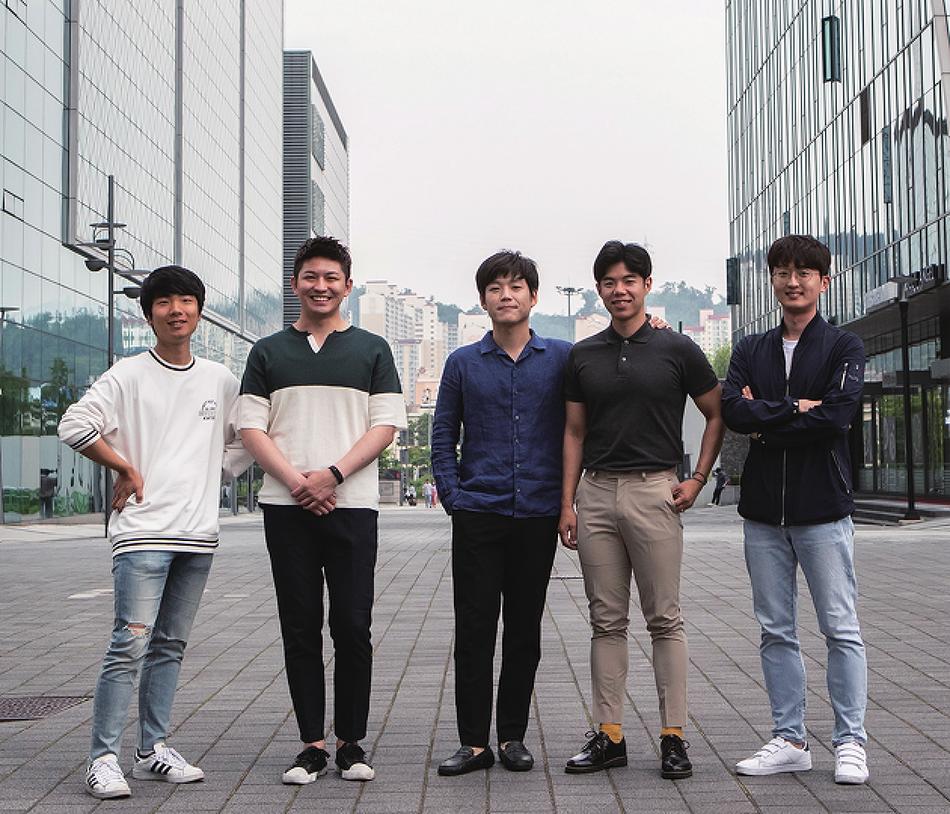 '정치권의 방탄소년단' 꿈꾸는 청년정치크루