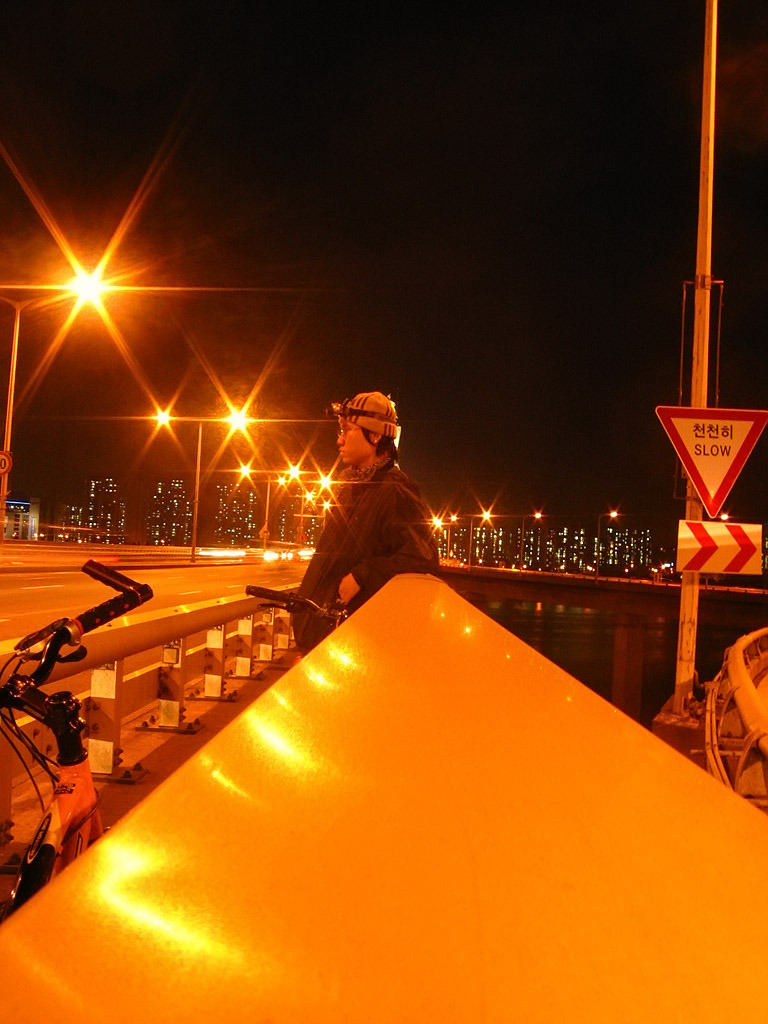 자전거로 달리자 - 여행가기전 기초체력강화용 밤바리 : 02508048513B8A27252683
