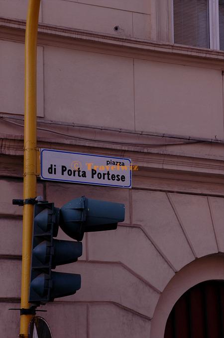포르타 포르테세 Porta Portese