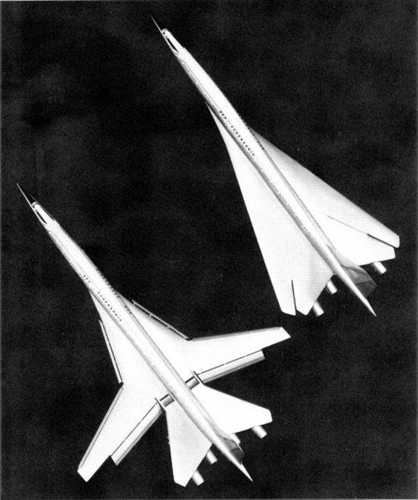 보잉 2707-100 의 날개 형태 (기본적으로는 델타형이지만 전후로 접었다 폈다 할 수 있는 형태)