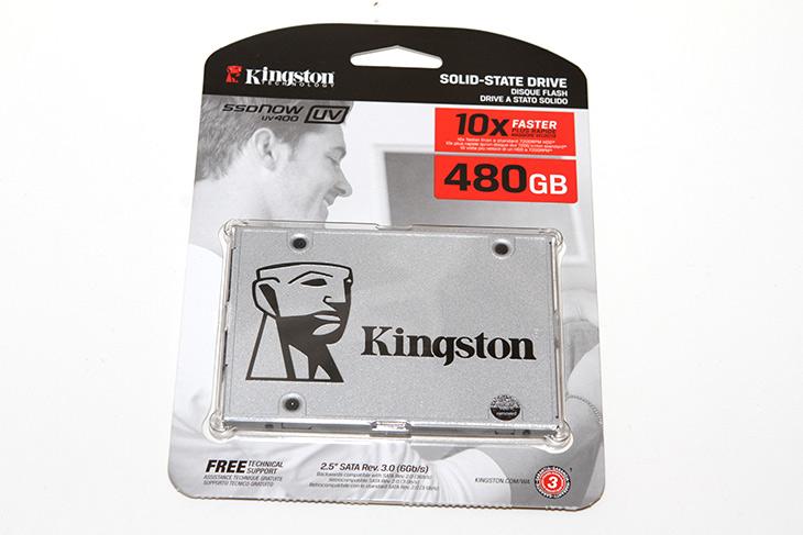 킹스톤 SSD, UV400, 480GB, TLC SSD, 저렴하고, 성능 ,괜찮은,IT,IT 제품리뷰,컴퓨터 전체 성능이 많이 올라간 부분에 저장장치가 있습니다. 이것만 바꿔도 효과는 크죠. 킹스톤 SSD UV400 480GB TLC SSD는 저렴하고 성능 괜찮은 제품 인데요. 이것만 달아놓아도 전체적인 성능이 올라갑니다. 요즘은 SSD 저장장치의 가격이 많이 저렴해지면서 운영체제용으로 많이 사용하죠. HDD를 사용할 때보다 체감속도가 확실히 올라갑니다. 킹스톤 SSD UV400 480GB TLC SSD는 가격이 저렴하면서도 고용량 구현이 가능합니다.
