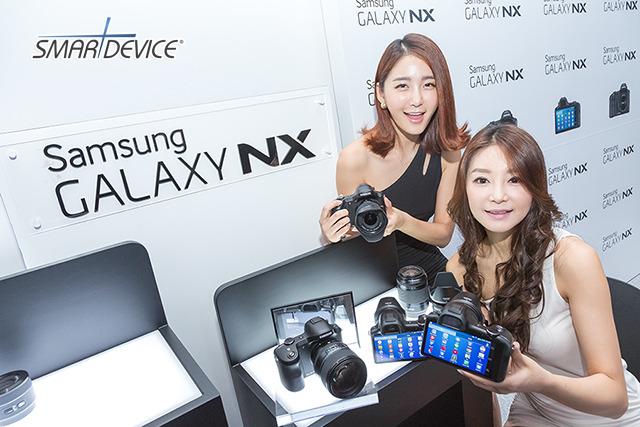 삼성전자,갤럭시NX,미러리스카메라,GALAXY NX,DSLR,카메라,