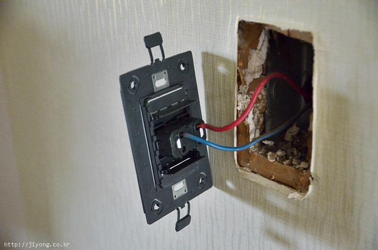 스위치커버, 전등스위치, 전기스위치, 콘센트, USB 콘센트, USB어댑터, 르그랑코리아, usb콘센트, usb
