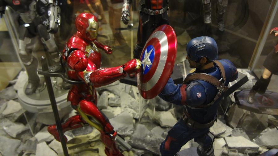 아이언맨 vs 캡틴아메리카