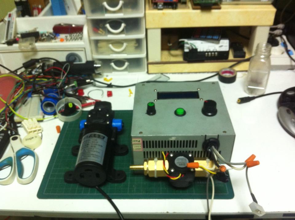 정량인출 스위치 유량제어 펌프 컨트롤박스를 만들어 보았습니다.