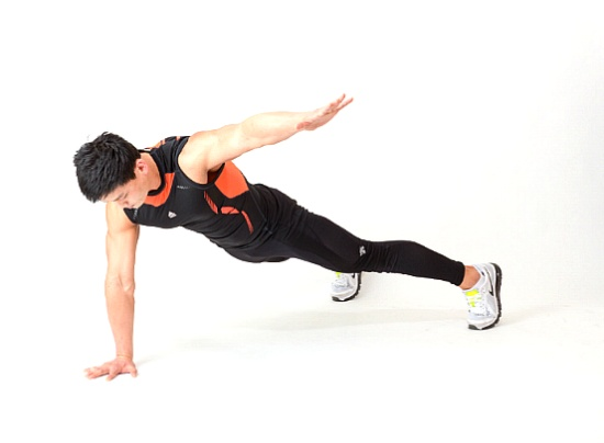 출렁이는 복부를 자극하는 코어운동 프로그램