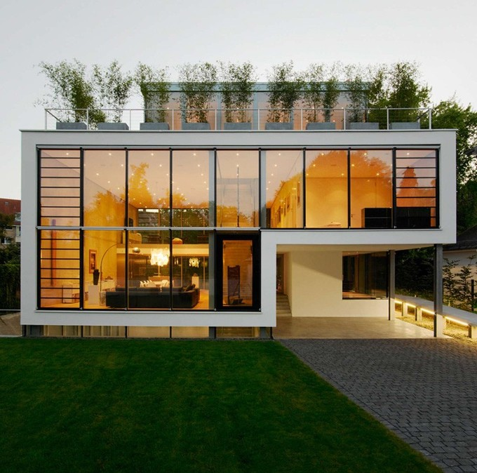 Home Design Ideas Bangalore: *지속가능한 하우스 [ CHRIST.CHRIST.Architects ] A Wall Of Windows