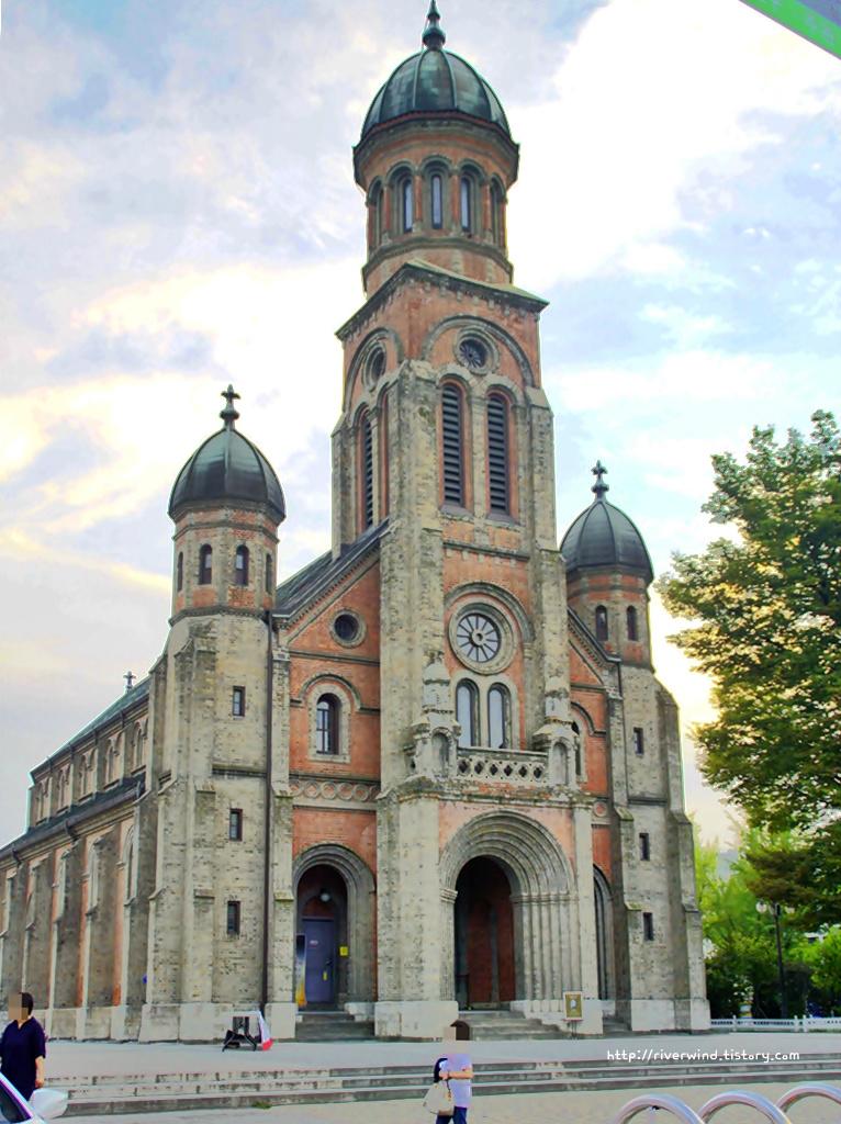전동성당(殿洞聖堂)
