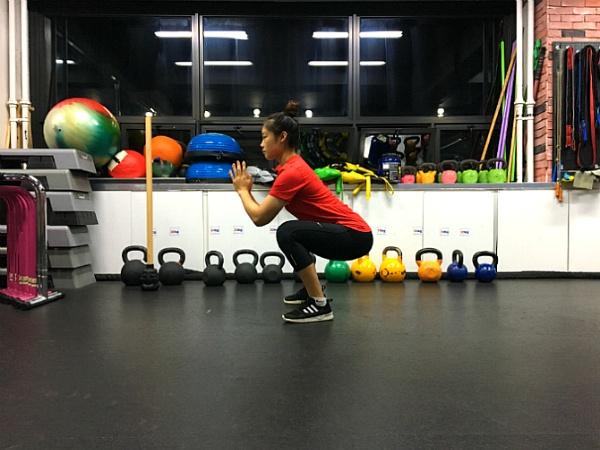 힙업과 다이어트에 효과적인 맨몸 운동 2가지