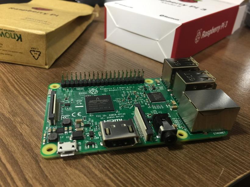 라즈베리파이3 초소형 컴퓨터
