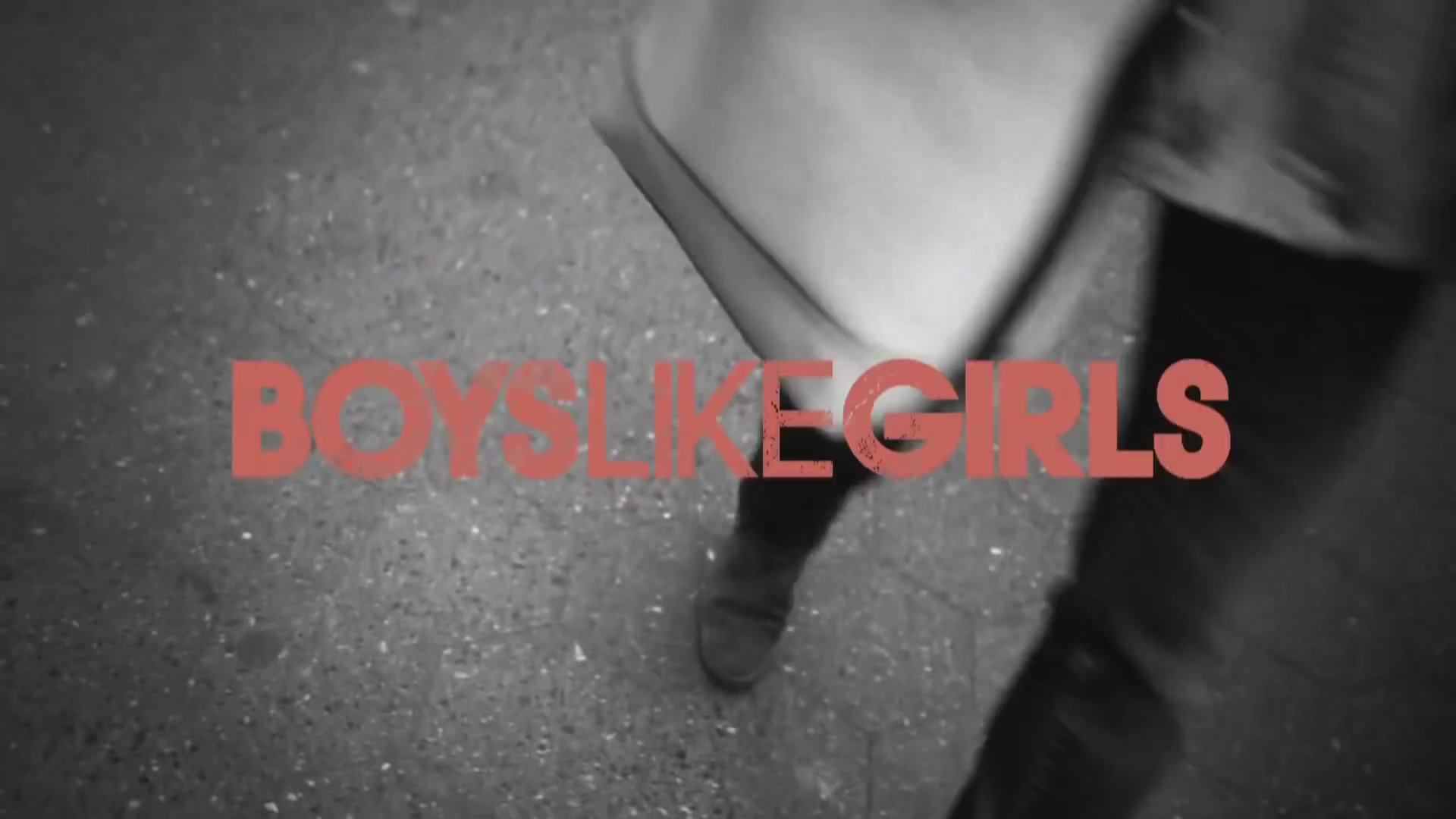 Boys Like Girls - Stuck In The Middle M/V