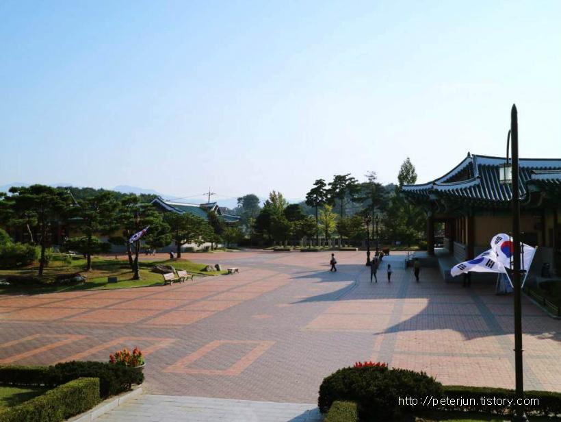 오죽헌 바깥 풍경
