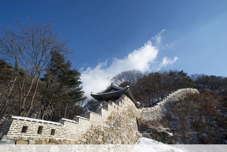 한겨울 남한산성 동문