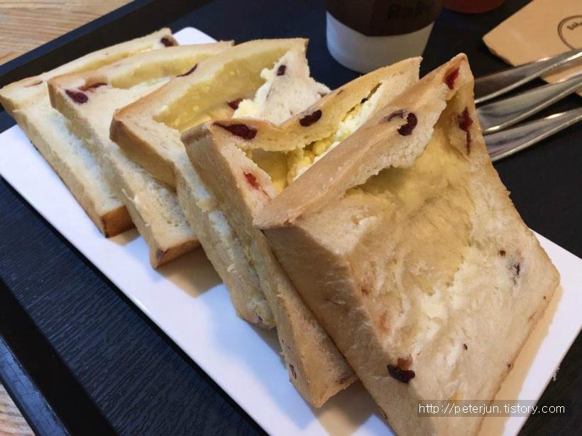 크린베리크림치즈식빵