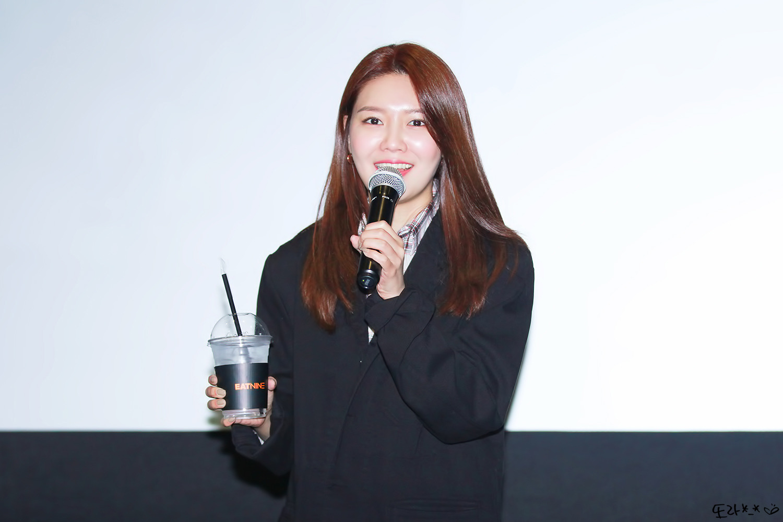 [PHOTO] 190420 Sooyoung - CGV Fantalk Live 99E0853C5D2AE9610853B7