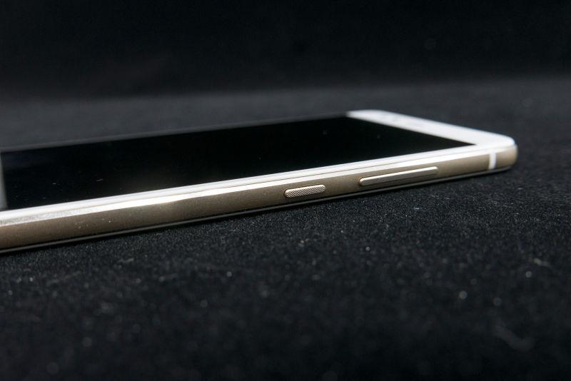 가성비 스마트폰. 화웨이 비와이폰2 후기