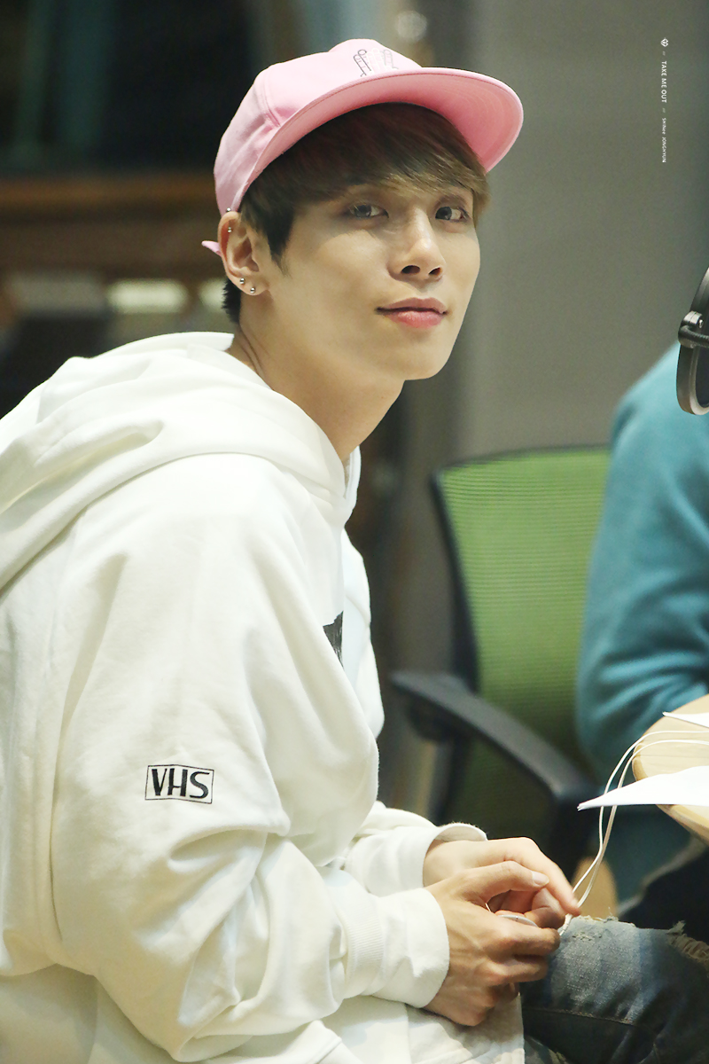 160415 Jonghyun @ MBC Blue Night 23721A4A571159493370BB